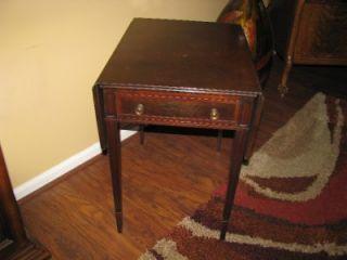 Antique Vintage Fine Arts Furniture Grand Rapids MI Drop Leaf Endtable w Drawer