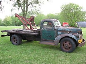Weaver Hand Crank Wrecking Crane Old Antique Tow Truck Wrecker Boom Bed Body
