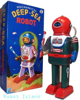 Deep Sea Diver Robot Astronaut Windup Tin Toy