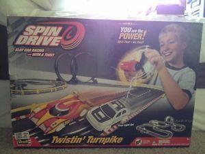 Revell Spin Drive Twistin Turnpike Slot Car Race Track Set Kids Boys Loops Toy
