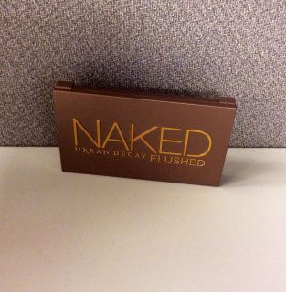 Urban Decay Naked Flushed Palette Bronzer