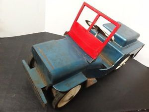 Vintage Structo Metal Push Ride on Pedal Car Toy Military Jeep Pressed Steel