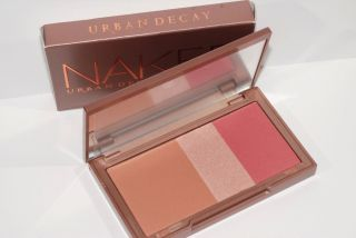Urban Decay Naked Flushed Palette Bronzer Highlighter Blush Full Size