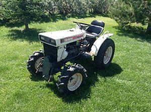 Bolens Iseki G174 4x4 Diesel Lawn Garden Tractor 3 Point Hitch Similar to Kubota