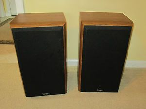 2 Infinity Reference Two Way Bookshelf Speakers Carbon Woofer Polycell Tweeter