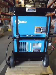 Miller Dynasty 200DX TIG Water Cooled Package with Wireless Foot Pedal 951397