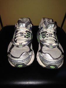 Women's Brooks Performance Ariel Running Cross Training Tennis Shoes size 8!