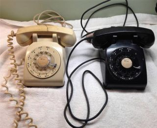 Lot of Two Western Electric Bell Telephones 8 53 12 55 Cream Black