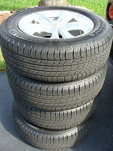 """17"""" Chevrolet Equinox Factory Alloy Wheels with Michelin Tires New New"""