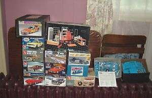 1st Bulk Lot of Garage Tools Dragsters Funny Cars Hot Rods and NASCAR 16