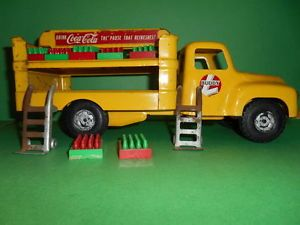 Buddy L Early 1950s Coca Cola Delivery Diecast Toy Truck with Accessories
