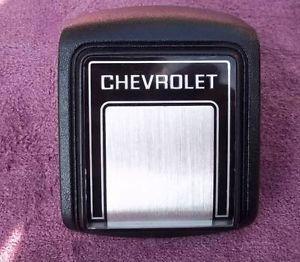 1981 to 1987 Chevy Truck Blazer Suburban Horn Button Steering Wheel Cap