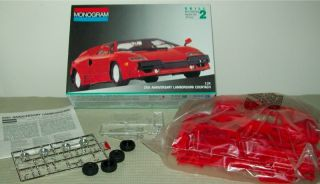 Monogram 25th Anniversary Lamborghini Countach Classic Car Model Kit Scale 1 24