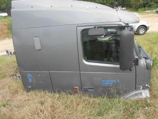 Volvo Semi Truck Cab Parts