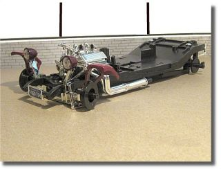 1 18 Parts Diorama   1932 Ford Hot Rod Chassis and V 8 Engine