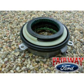 04 12 F 150 F150 Genuine Ford Parts IWE 4WD Auto Hub Lock Actuator