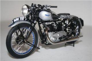 Minichamps 1939 Triumph Tiger 100 Silver 1 12