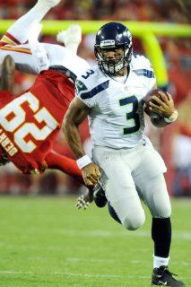 Russell Wilson poster 3.6 x 5.5 FEET (44.2 x 65.8 inches) SEATTLE SEAHAWKS High Quality Gloss Print 103 : Everything Else