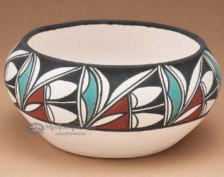 Native American Pueblo Pottery Bowl 7x2.5 (109) Toys & Games