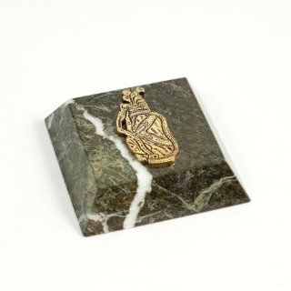 Green Marble Paperweight with Antique Gold Plated 'Golf' Emblem. (4 x 4 x 1)   Decorative Boxes
