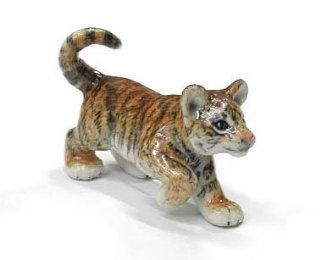 TIGER Cub NEW MINIATURE stands and lifts paw Figurine Porcelain NORTHERN ROSE R359   Collectible Figurines